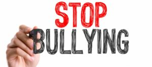 No bullismo e cyberbullismo